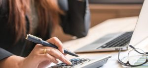A complete guide about hiring a tax consultant firm